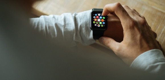 Wearable Application Development Challenges for Developers